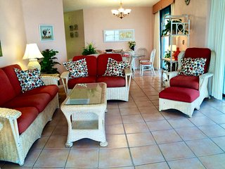 Open Orange Beach 3BR Corner Beachfront Condo Rental At Summerhouse 701A