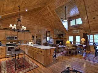 "The Retreat is an ultra luxury mountain home with all the ""Bells and Whistles"", Blue Ridge"