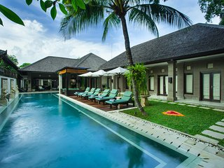 Villa Dewata II - 5 Star Luxury. Perfect Location