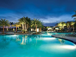 Theme Park Christmas Orlando Resort - Spacious 2 Bed, 2 Bath