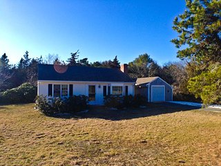 Affordable only 1/2 mile to Sheep Pond, 3 A/C's, sleeping 6 - BR0650