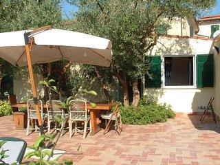 Casa Vacanza a due passi dal mare ligure toscano.