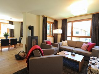 3 bedroom Apartment in Lenzerheide, Mittelbunden, Switzerland : ref 2236014