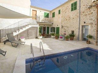Pina - Excelente casa con piscina