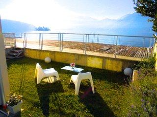 Frontlake Garden  Lounge, Marone
