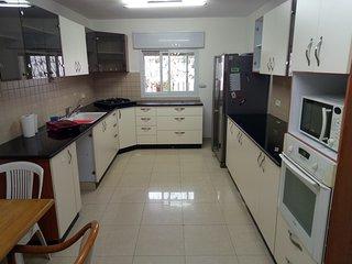 4 bdrm flat in Bak'a Talpiot in an excellent Jerusalem Location