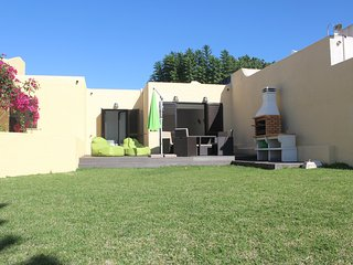 LOVELY HOUSE IN VILAMOURA/IDEAL FOR 4 PAX/2WC/PRIVATE GARDEN AND SHARED POOL