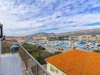 Apartments and Rooms Iva - 47621-A14, Trogir