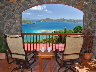 Easy Breezes - Family Luxury and Romantic Getaways, Coral Bay