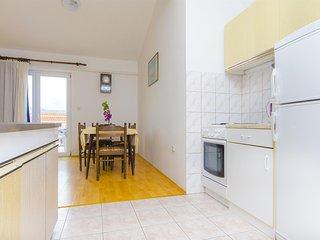 Apartments Milka - 27741-A3, Slatine