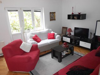 Apartments Pavković - 28021-A1, Omis
