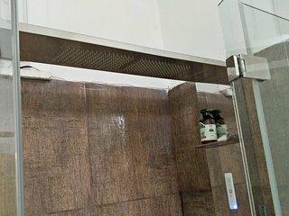 b&b stanza tripla con bagno in comune - Portuense EUR vicino FIERA DI ROMA