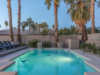 Scottsdale Stays-Verde Estate ❤️ Big Pool, Spa, Pool Table, Foosball & More