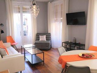 Moderno gran apartamento, Malasaña-Gran Vía, 4 habs, 10 personas