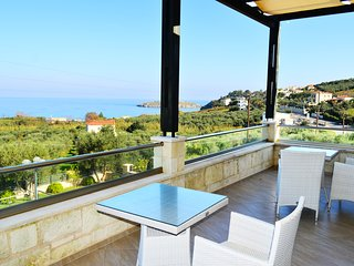 10% OFF 2018★ Stone Villa ★ Sea Views  Pool