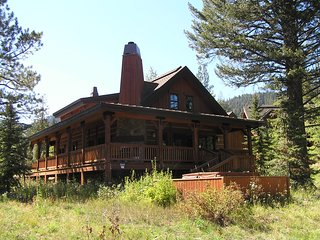 Twin Creek Chalet 150, Donnelly