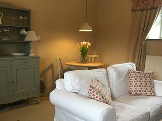 WINNOW NOOK - luxury barn - Dovedale - Peak District - Sleeps 2