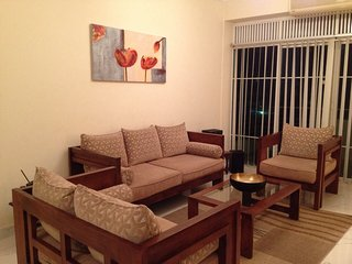 Modern, Clean Beachside Apartment, Ratmalana