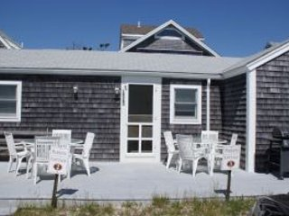 Beach house with direct access - Bargain price for summer rental!