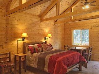 Cozy Bear Cabin, Healy
