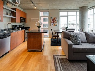 Beautiful  Marshall Street Apartment by Stay Alfred, Portland