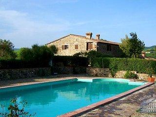 Apartment in Tuscany : Siena / S. Gimignano Area Casa Treccia - Arco Apartment, Radicondoli
