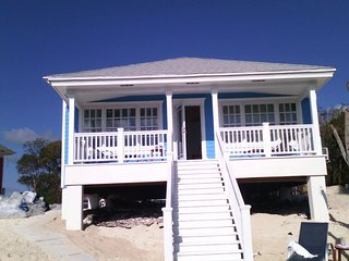 Mangrove Cay Sea View Villas