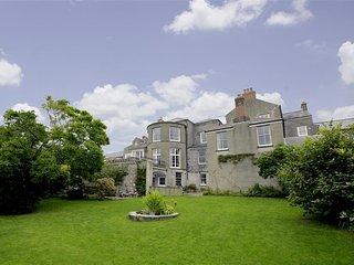 Clynderwen House (PW376), Pembroke