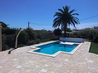 Villa w/ private heated pool, Autignac