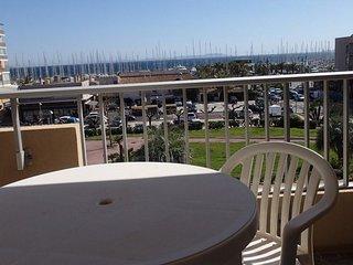 Superbe Appartement climatise vue mer a 150 m de la plage