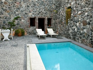 One bedroom villa with private pool, Megalochori