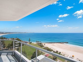 Points North 18-114 - Coolangatta Beachfront