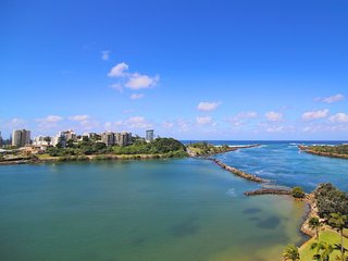 Seascape 1002- 3 night bookings available!, Tweed Heads