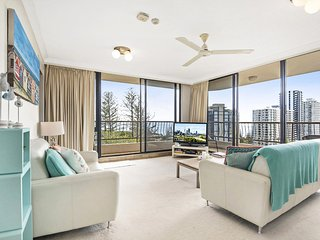 Chateau Royale Unit 30 - Panoramic Kirra Hill