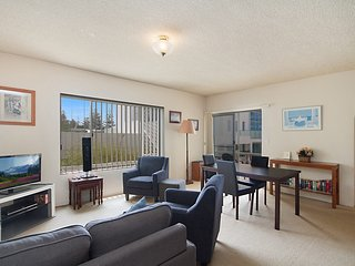 Sunrise Court 3 - Bilinga/ North Kirra Beachfront