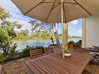 Botanical Park * Currumbin - Absolute Waterfront