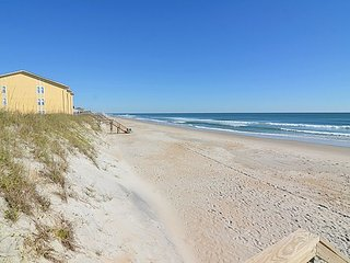 Surf Condos 535 - NEW for 2017 - SAVE $55 off  booking fees!! Community Pool!, Surf City