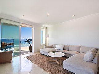 Aqua Solai 9 - Absolute Beachfront
