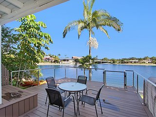 Isle Of Palms 120 - Waterfront Villa, Currumbin