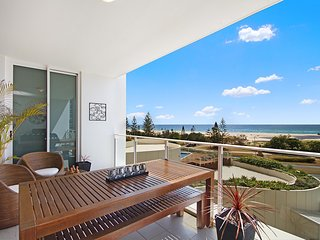 Kirra Surf 305 - Kirra Beachfront