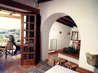 Cretan Traditional Home with Sea View (Leonidas)