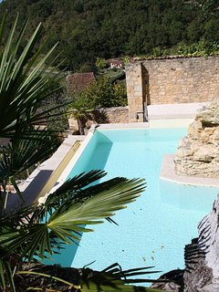 BIGAROQUE: ROMANTIQUE STONE HOUSE WITH HEATED POOL AND VIEWS CLOSE SARLAT