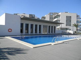 New Luxury 2 Bed Apartment in Altos del Mediterraneo
