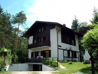Appartamento Pippi 6B con tre stanze da letto e vicino al lago