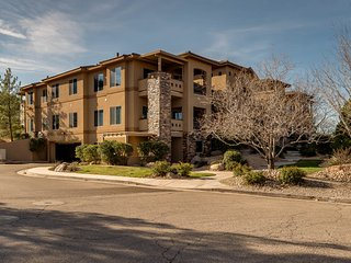The Retreat at Coral Springs Resort St. George Vacation Home near Zion National, Hurricane