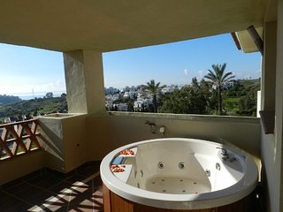 Fantastic apartment in the New Golden Mile of Estepona