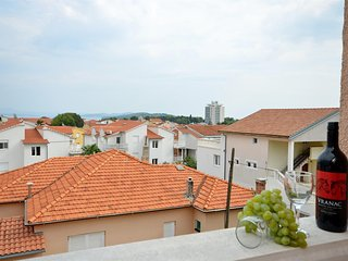 Apartments and Rooms Mladen - 24281-A3