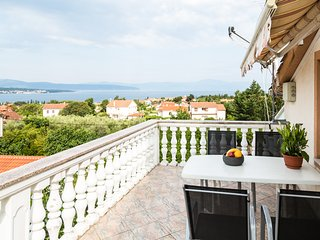 Lovely Sea View Apartment in Malinska (Island of Krk)