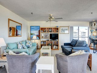 Topsail Dunes 3309 Oceanfront! | Community Pool, Tennis Courts, Grill Area