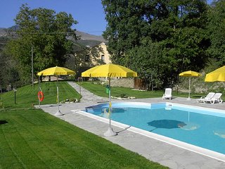 Villa with swimming pool and swimming river, Cagli